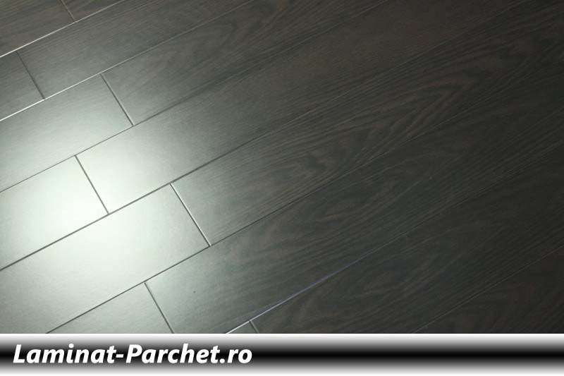 Parchet laminat Wenge 12 mm